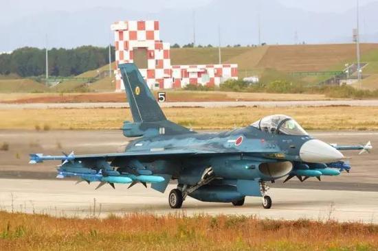 图注:日本航空自卫队现役F-2战斗机