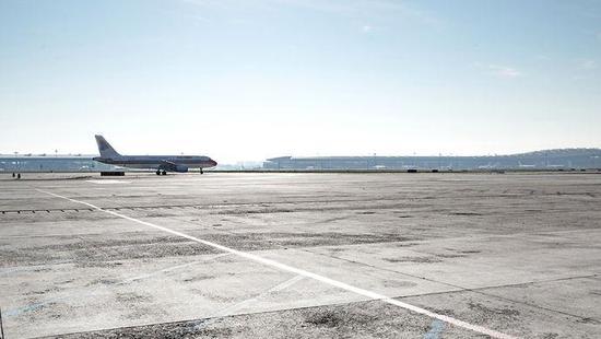 12月8日19时20分许,上海浦东机场发生一起疑似跑道入侵事件。