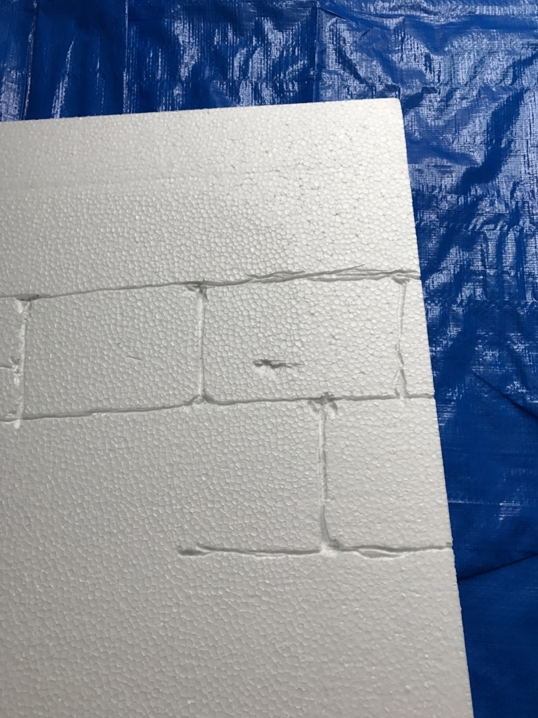 DIY・発泡スチロールレンガの壁・練習