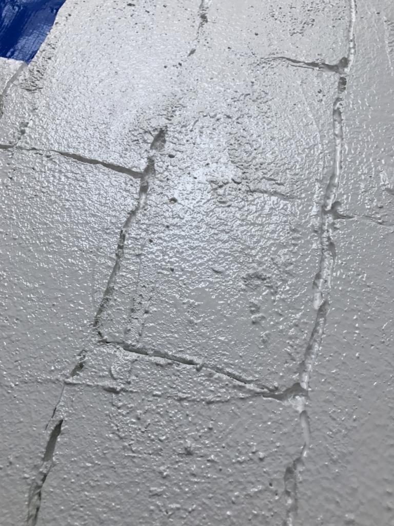 DIY・発泡スチロールレンガの壁・目地材塗り