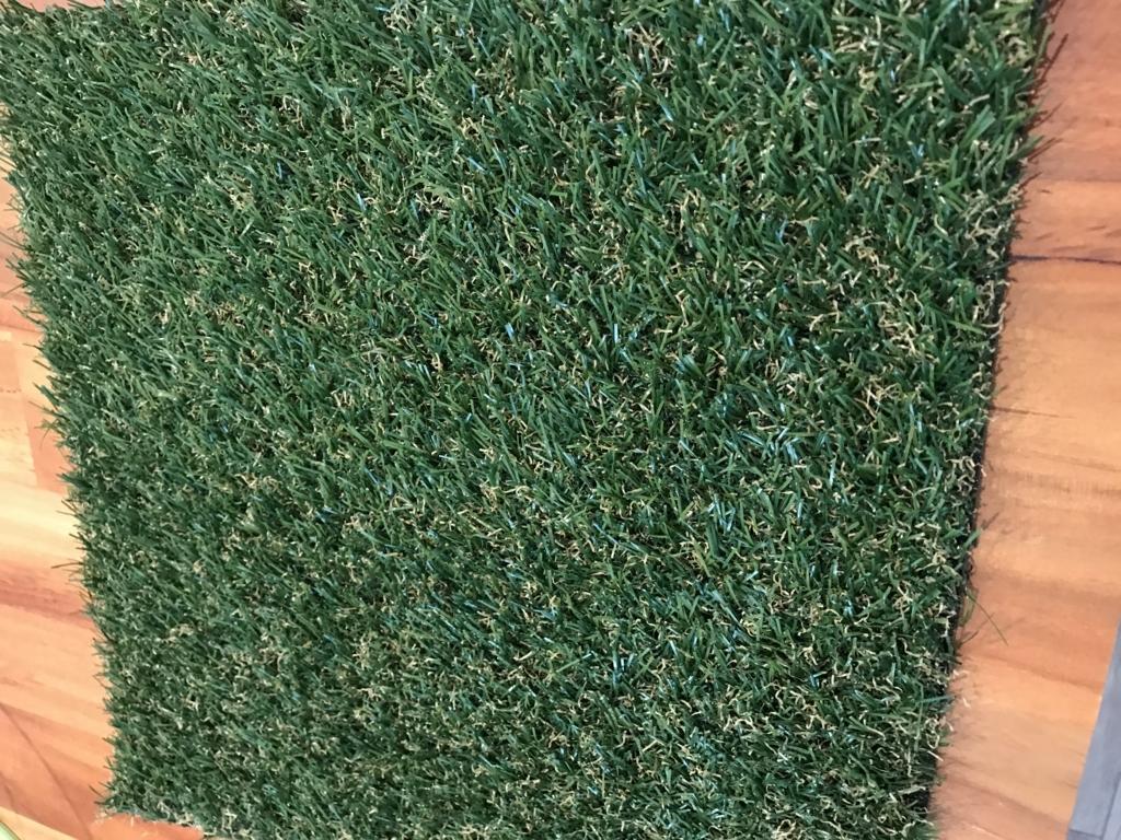 DIY 壁 100均 造草 人工芝