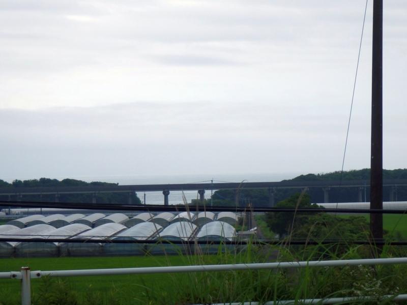 国道10号より眺めるリニア実験線跡