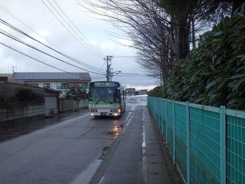 奥田北小学校前にて