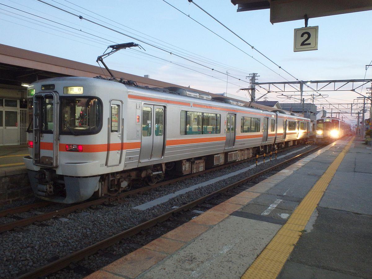 駒ケ根駅にて