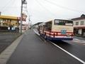 [路線バス][バス停]上蓬田バス停で待機する郡山駅前行