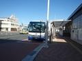 [路線バス][バス停]久慈駅到着直後の白樺号