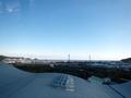 [遠景]久慈市文化会館の展望台より海を見る