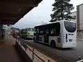 [路線バス][バス停]生地駅で待機する南北循環線