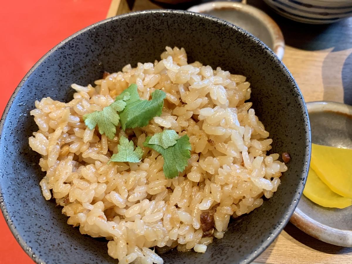 鍋と呑み処 左藤(さとう)総本店の炊き込みご飯