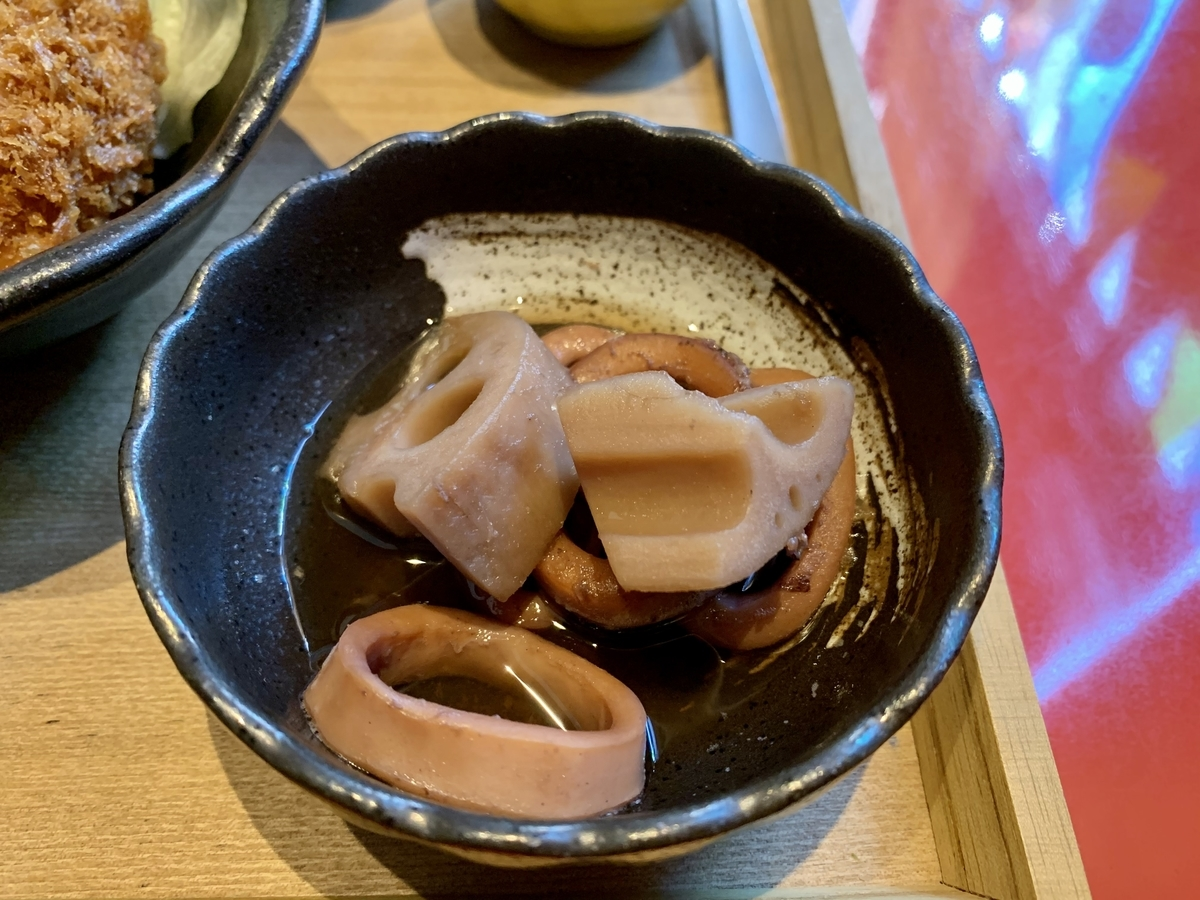 鍋と呑み処 左藤(さとう)総本店の煮物