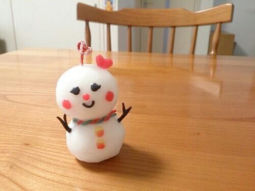 手作りの雪だるまキャンドル