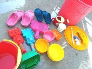 砂場道具洗い