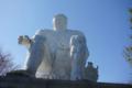 大串貝塚のダイダラボッチ像