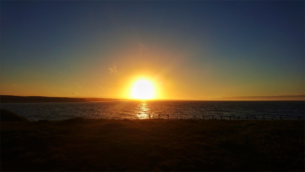 日の出岬キャンプ場からの夕日