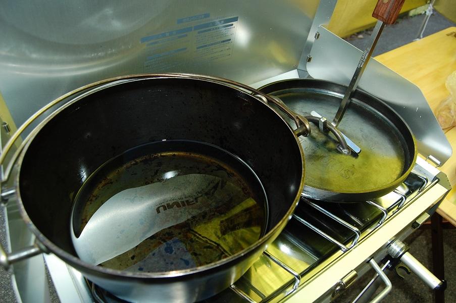 ダッチオーブン フライドチキン 作り方