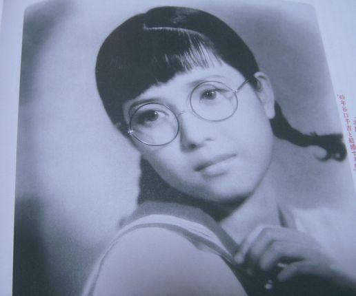眼鏡っ娘好き集まれ!】メガネは顔の一部です。眼鏡が似合う美人 ...