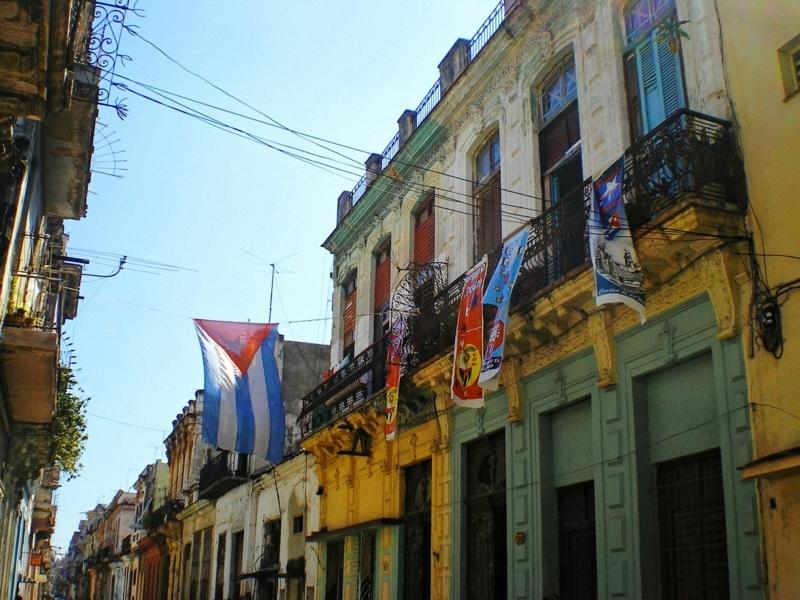 キューバの人たちはパワフルで楽しい!交流エピソードとキューバンなお店をご紹介