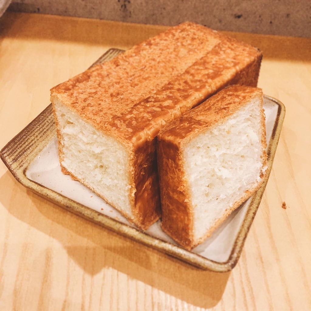 デュヌ・ラルテのデニッシュ食パン
