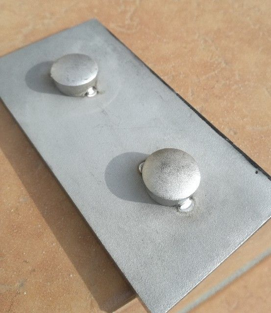 TIG溶接ステンレス鋼練習用鋼材練習用を仮付け