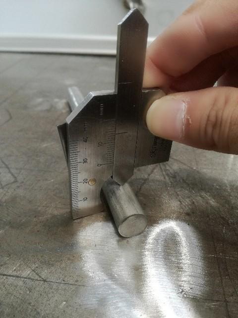 溶接ゲージの使い方