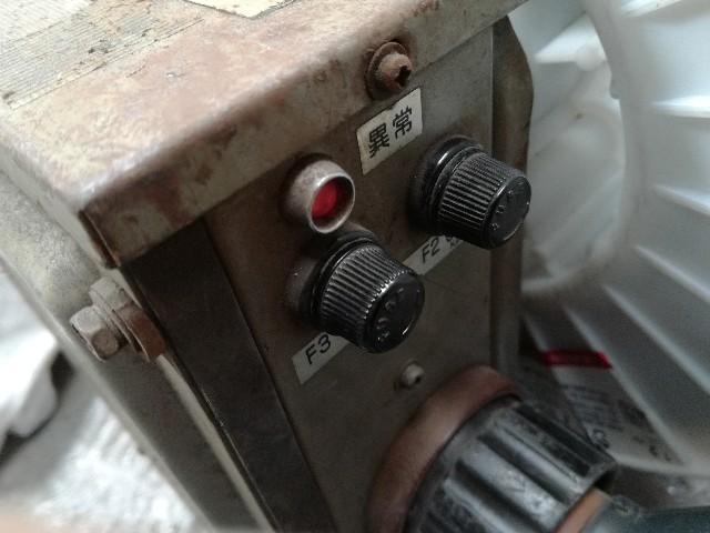 半自動溶接ダイヘン送給装置異常ランプ点灯