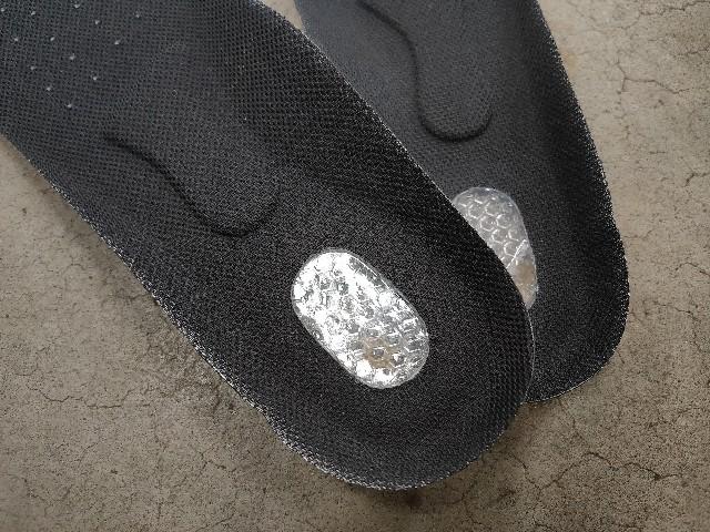 安全靴中敷き変えた
