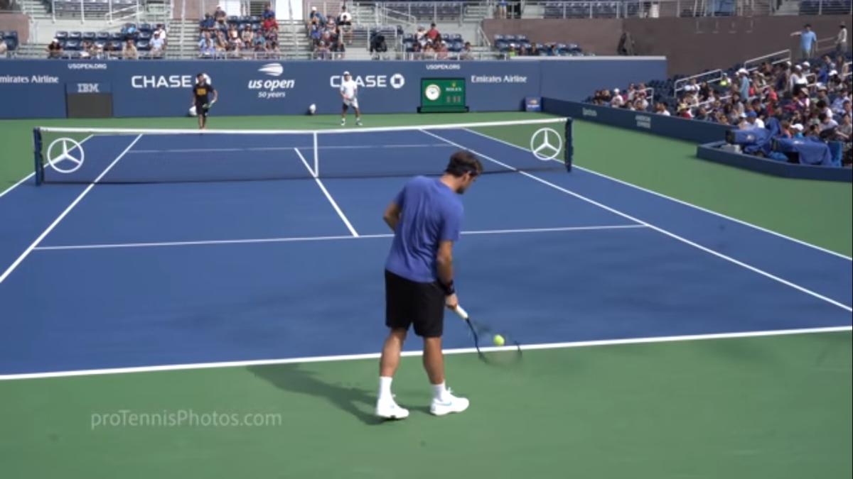 テニス 球出し