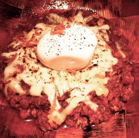 ケニックカレー炙りチーズプラス半熟卵