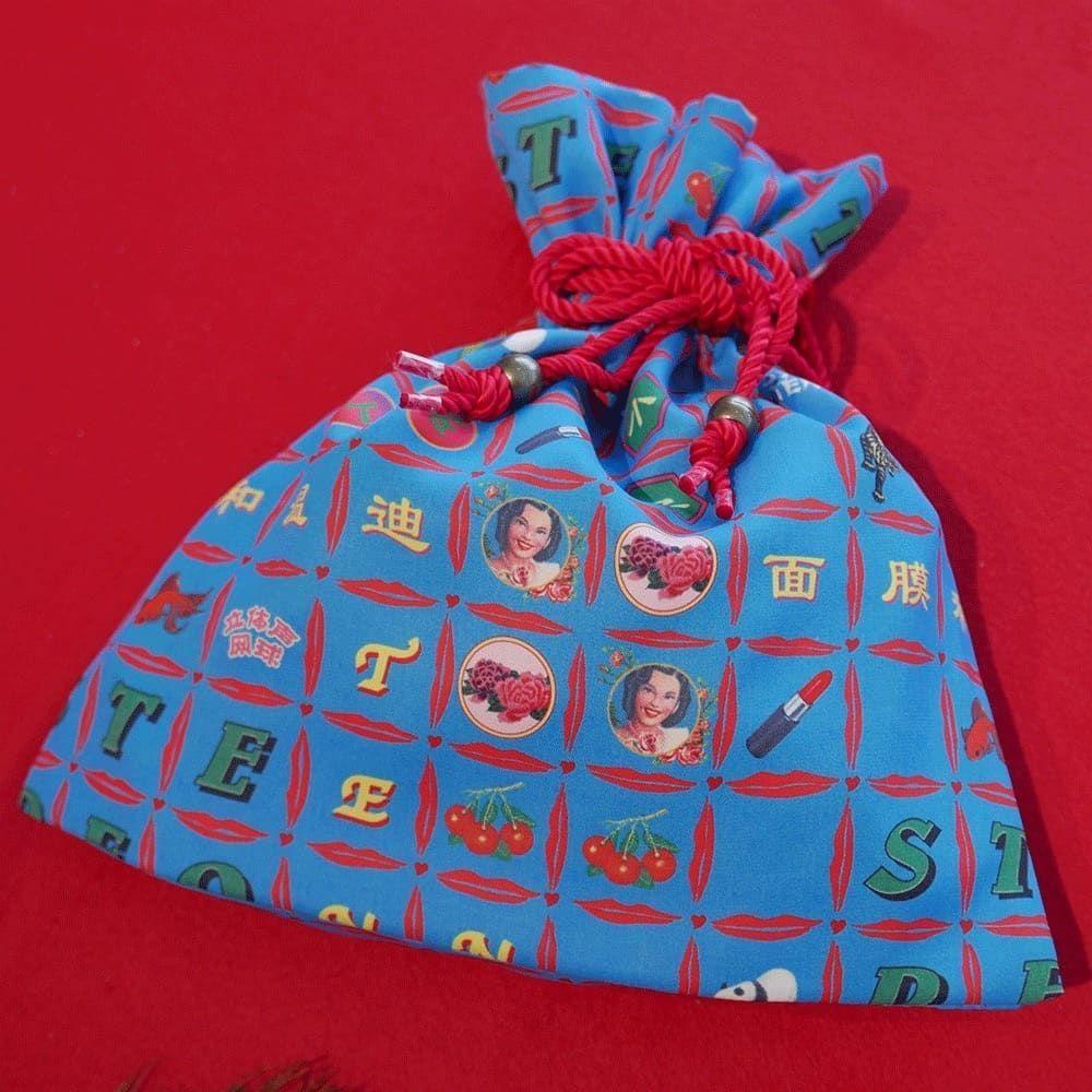 チャイナモチーフの巾着袋