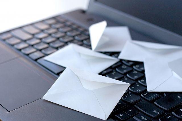 ネットショップでお客さんとコミュニケーションを取る方法:メールでコミュニケーションを取ろう