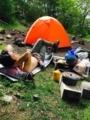 誰も来ない佐藤小屋のテント場で日向ぼっこ(この後ソロのおじいちゃ
