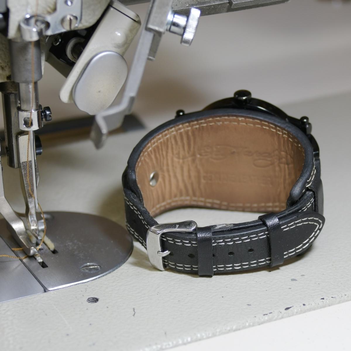 時計の革ベルトの遊革、定革の修理をヌメ革でオーダー製作