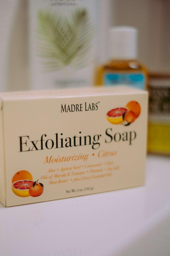Madre Labs エクスフォリエイティングソープ シトラスの香り