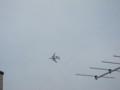旋回するAWACS