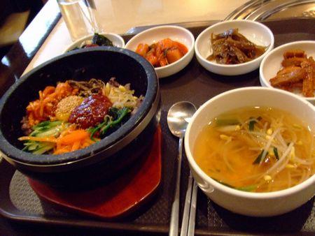 お昼ごはん - 石焼きビビンバ