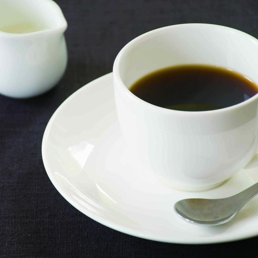 柳宗理のカップ&ソーサー