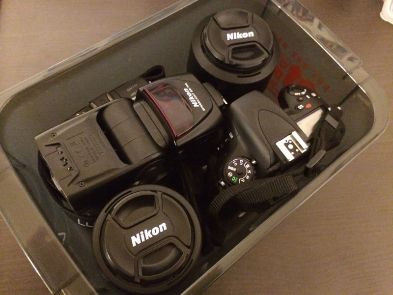 カメラとレンズの湿気対策にハクバのドライボックス