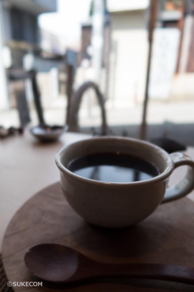 近鉄奈良駅すぐ!挽きたてコーヒーとぷるっぷるのわらび餅が絶品