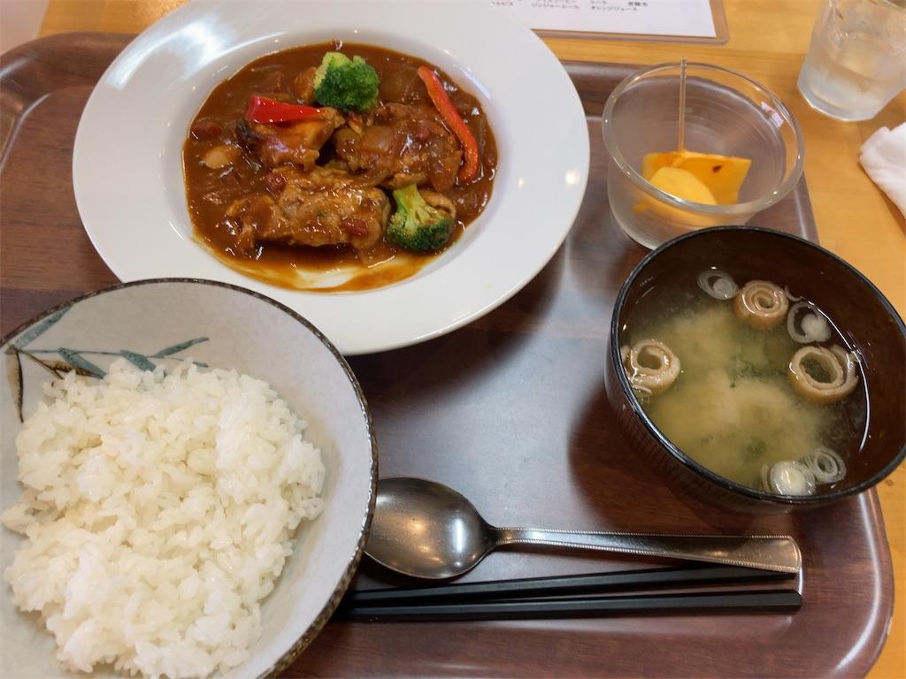 今週のキママニ定食「タンドリーチキンカレー」