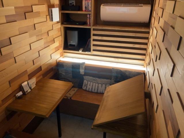ITOYA  CAFEのプロジャクターのある個室