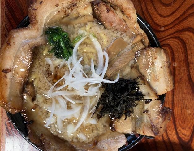 麵屋はるの背油チャーシュー麺(醤油)