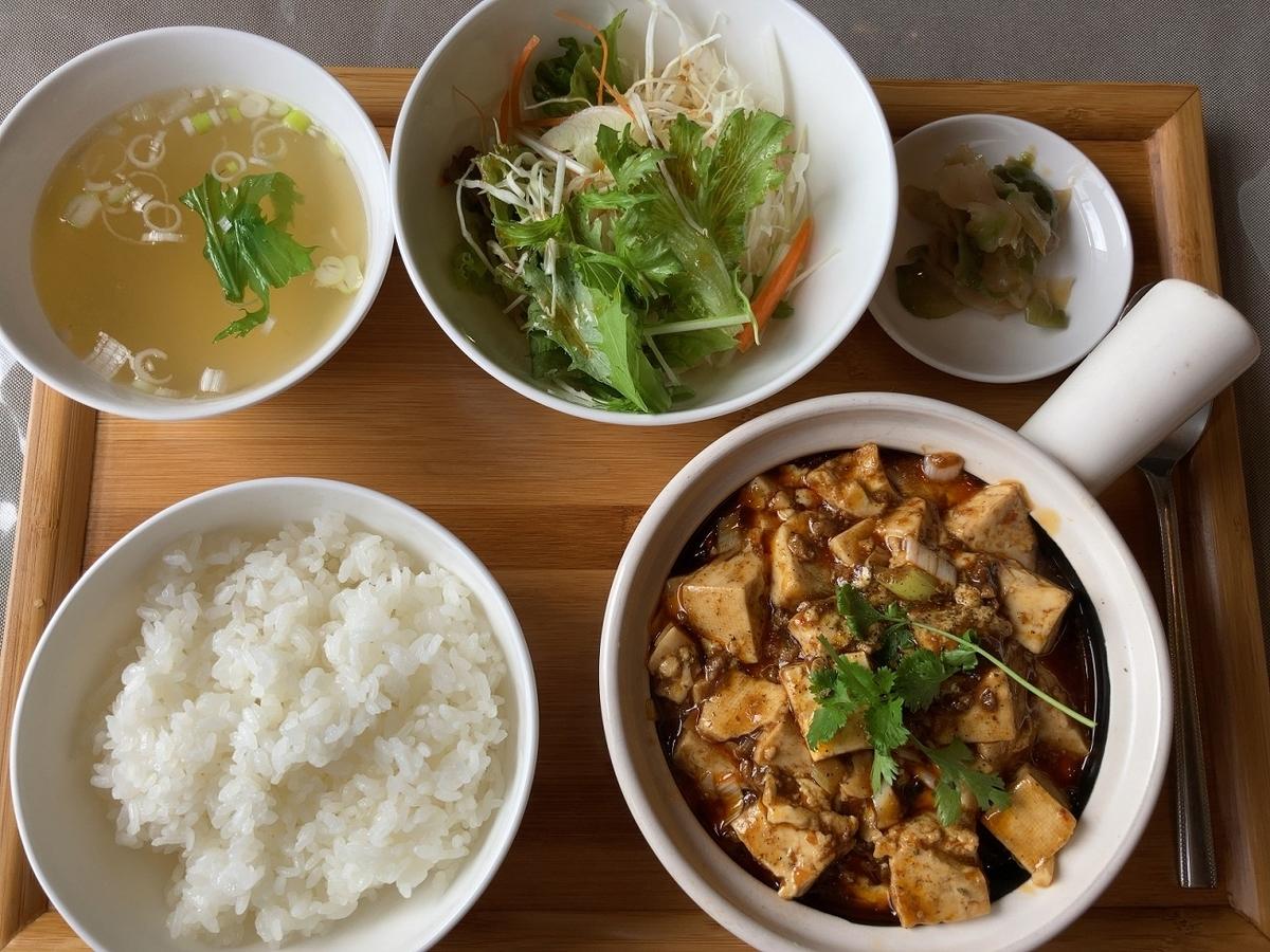 中華料理朱夏のランチ「四川麻婆豆腐セット」
