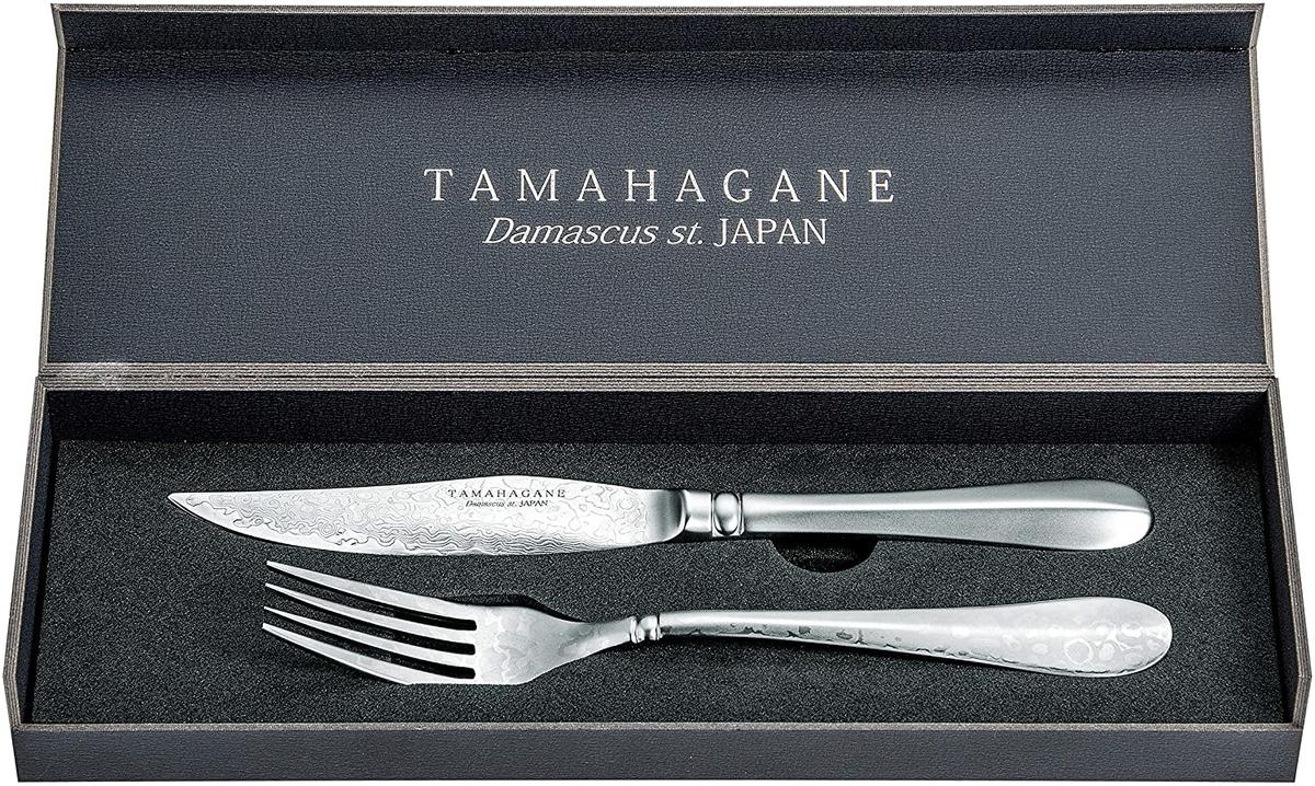 燕三条産のおすすめの金物「片岡製作所 TAMAHAGANE 3層鋼 ステーキナイフ&フォークセット」