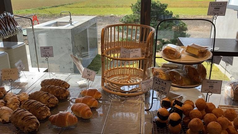 ベーカリーパオのパンが並んでいる様子1