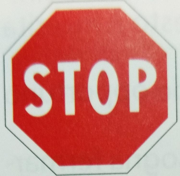 イタリアの一時停止STOP標識イメージ画像