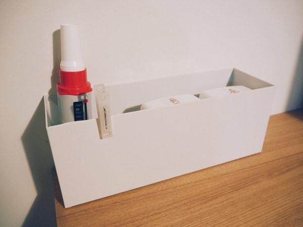 写真:ファイルボックスにまとめた薬類