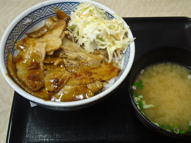 焼豚丼&味噌汁