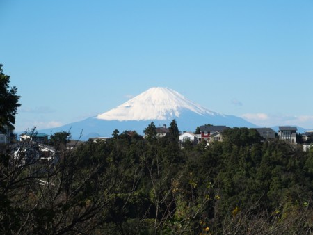 富士山もすっかり雪化粧