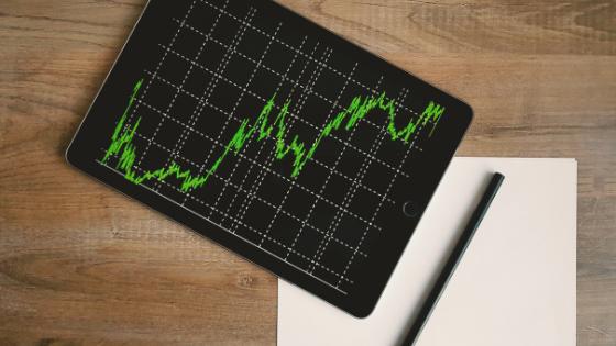 中長期投資で役立つ!「テクニカル分析」を使って効率良く売買する方法とは?