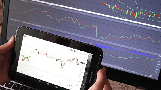 買いそびれた株が急騰して悔しい。今からでも買うべき?